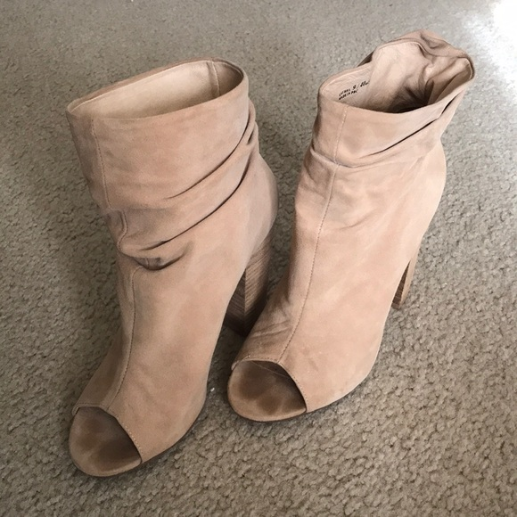 Chinese Laundry Shoes - Kristin Cavallari Laurel Boot in nude.
